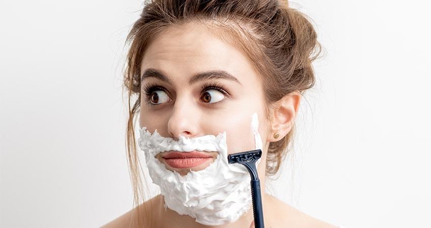 فواید تیغ زدن ریش