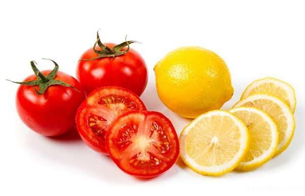 ماسک خانگی لیمو و گوجه فرنگی