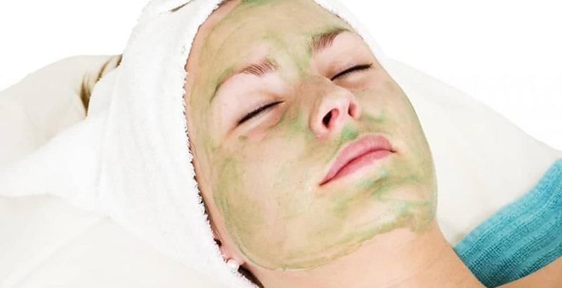 انواع ماسک خانگی با ژل آلوورا و خواص هر کدام برای پوست