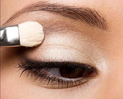 کانتورینگ آرایش چشم