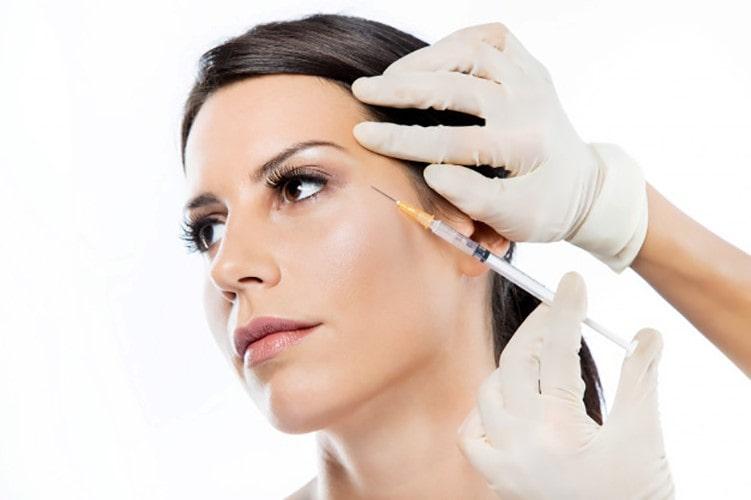 تزریق ژل برای درمان پف زیر چشم