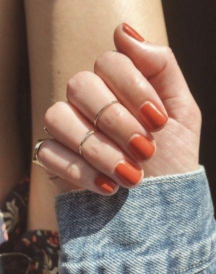 ناخن نارنجی