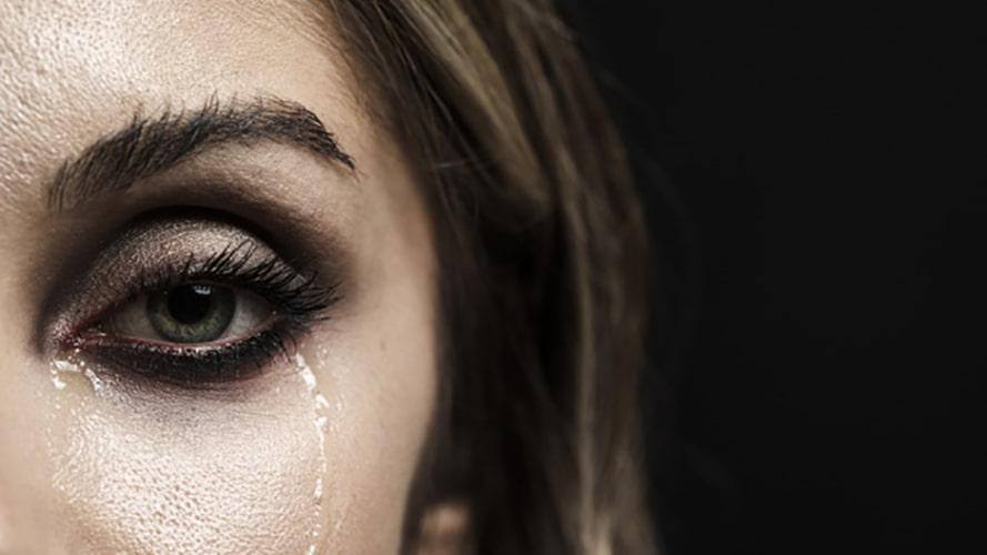 تاثیر گریه کردن بر چشم ها