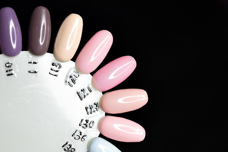 رنگبندی لاک برای طراحی ناخن جدید