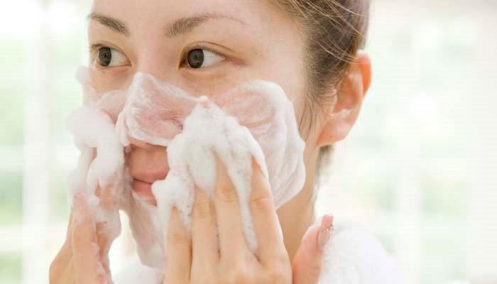 پاک کننده مناسب پوست صورت