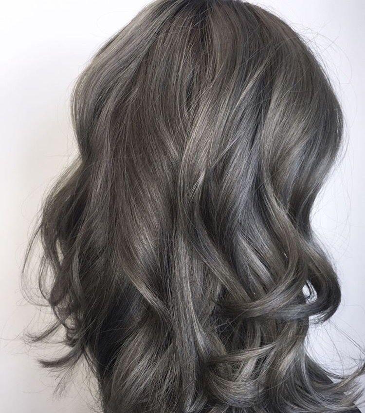 رنگ موی خاکستری تیره