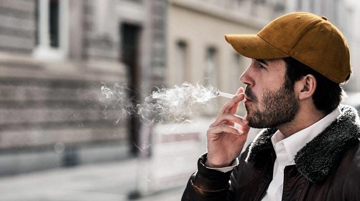 سیگار دشمن پوست