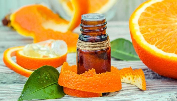 لایه برداری پوست لب با پوست پرتقال و روغن بادام