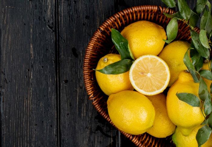 رفع سیاهی زیر بغل با لیمو