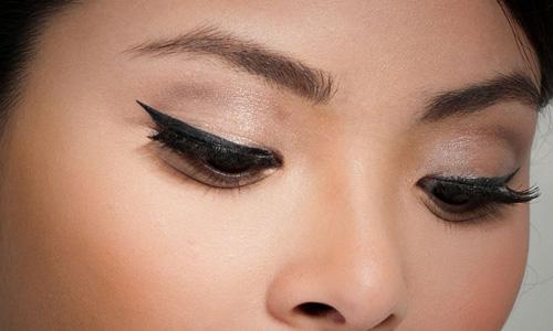 آرایش مدلهای مختلف چشم آسیایی