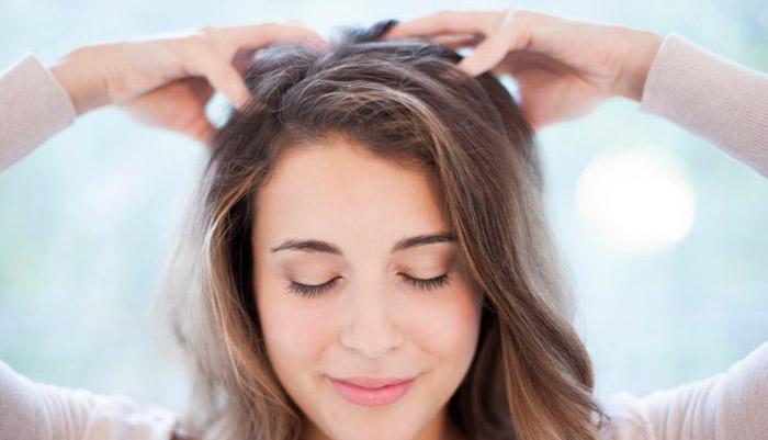 ماساژ برای تقویت موهای آسیب دیده