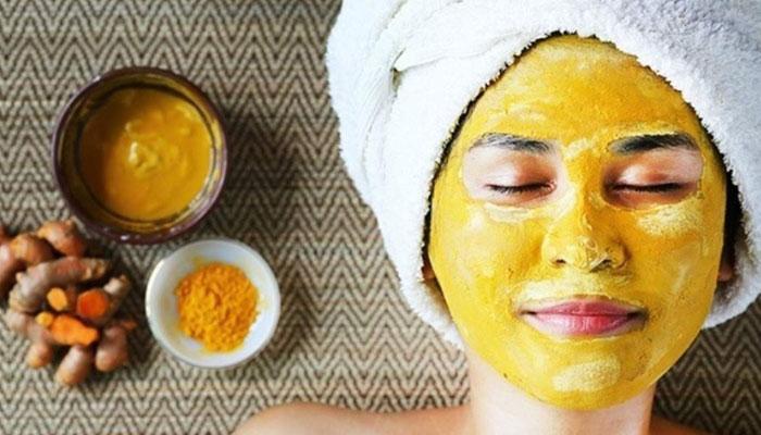 ماسک زردچوبه و عسل