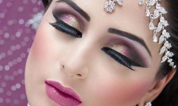 چند رنگ سایه در آرایش چشم عربی