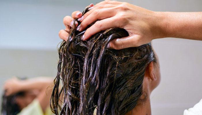 درمان خشکی مو با سرکه سیب